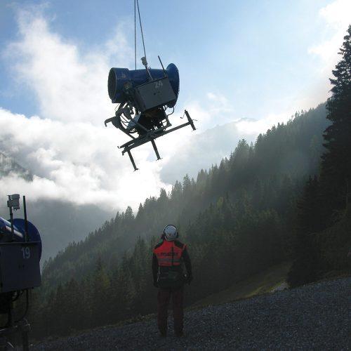 Bergbahnen Brandnertal – Schneekanonen in Position