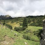 Richtung Amatschonjoch kommt man an einer kleinen Hirtenhütte vorbei