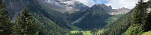 Der wunderschöne Ausblick vom Amatschonjoch.