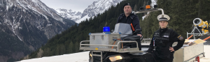 Pistenkontrolle im Skigebiet